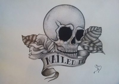 """Tegning af et kranie med teksten """"nailed it"""""""